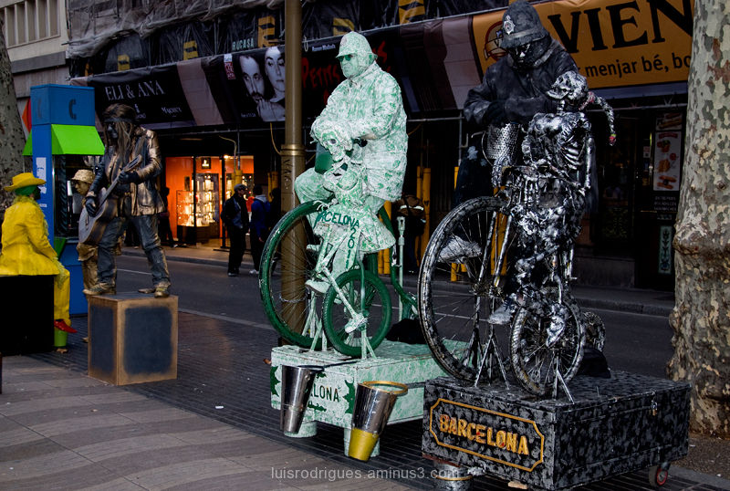 Barcelona Ramblas Human Statues