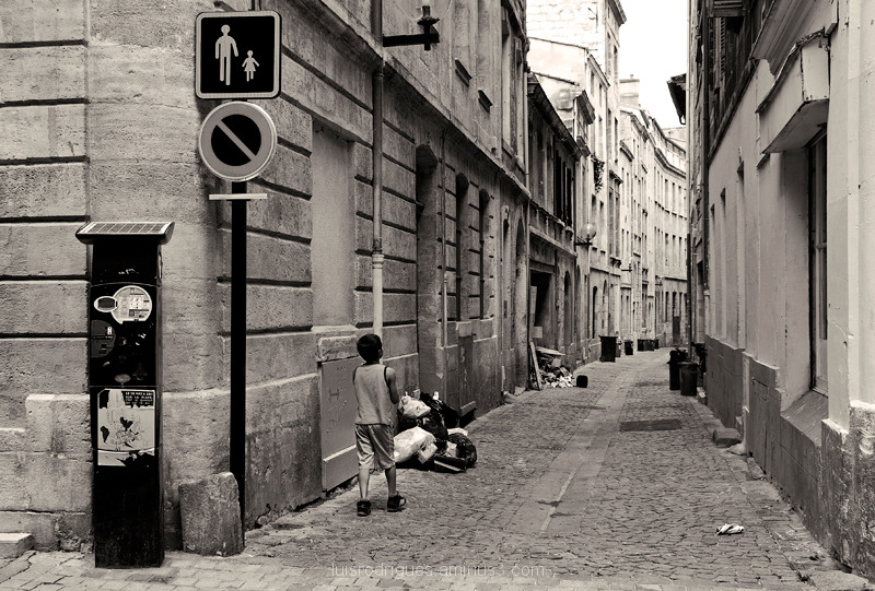 Street Bordeaux France Child