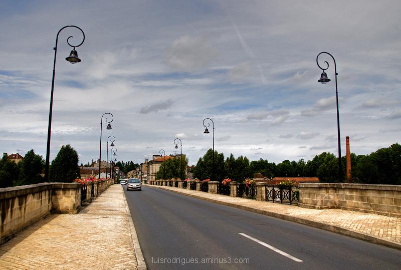 Cognac Bridge France Lamps