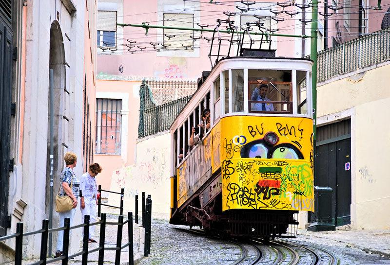Gloria Elevator Lisboa Portugal