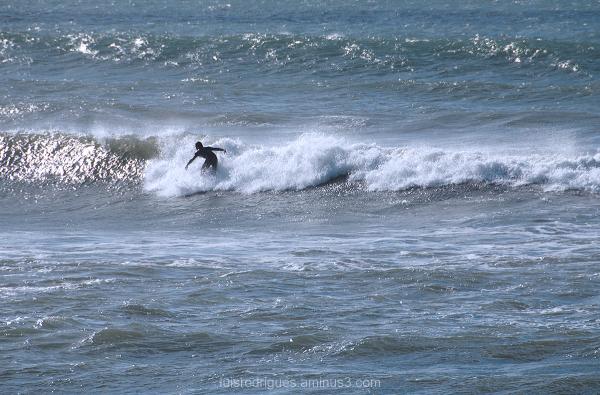Waves Portugal Costa da Caparica