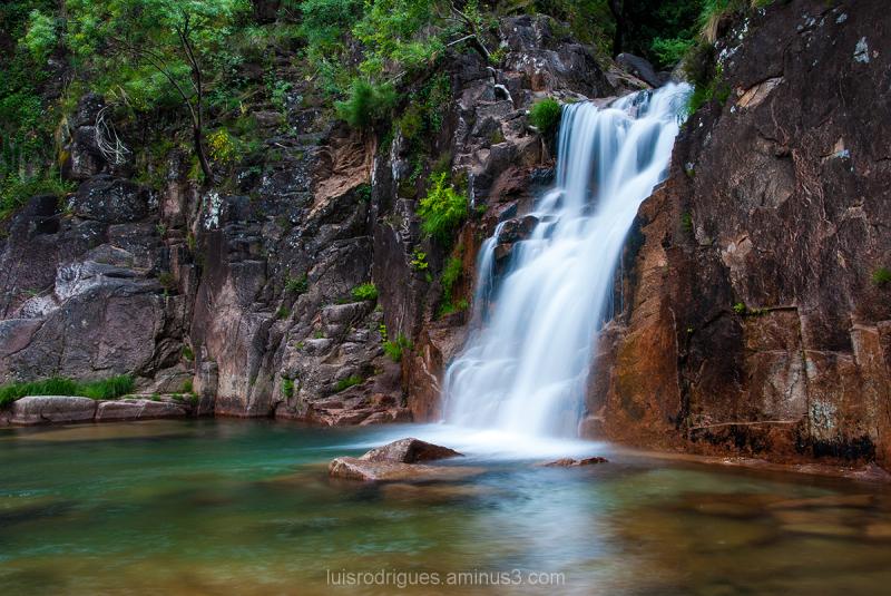 portugal geres nature water green tahiti