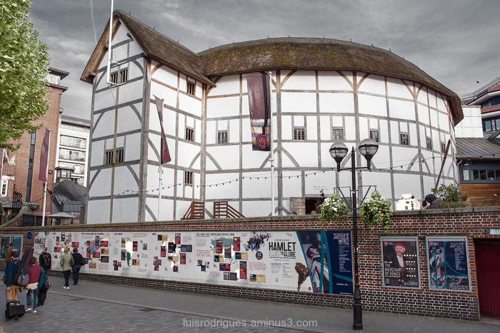 London Buildings shakespeare theatre LONDON