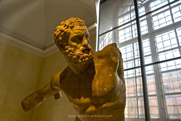 rome capital hercules Fighting