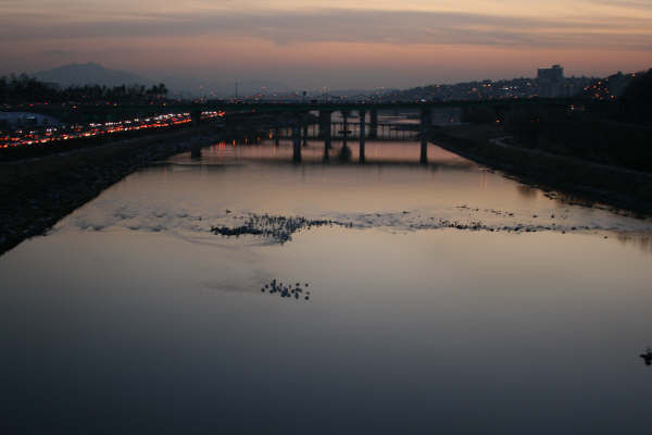 This is not the Han River...