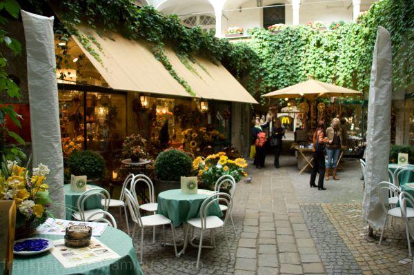 Salzburg, Inside pateo