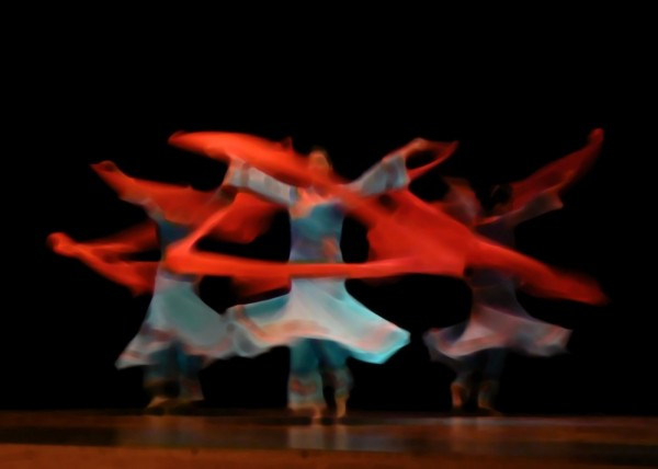 Heavily post-processed photo of a Chinese dance.