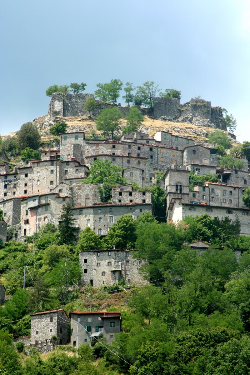 Village of Lucchio