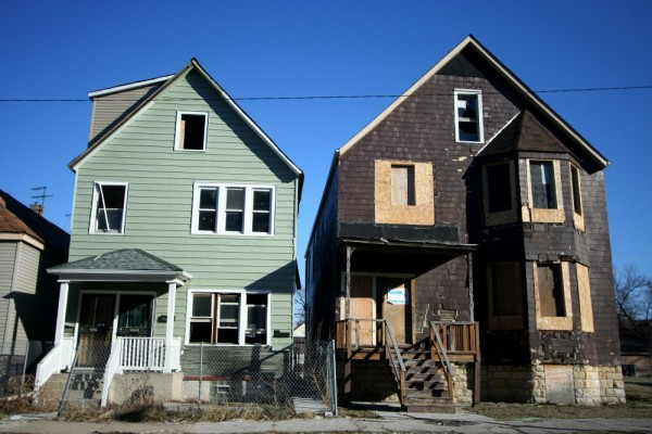 Two derelict houses in Chicago