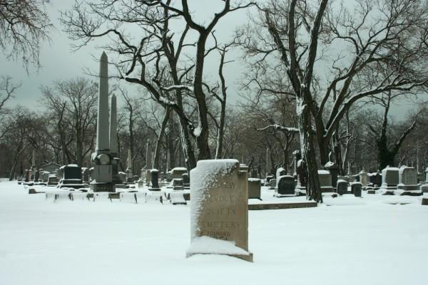 Jewish Graceland Cemetery on snowy day