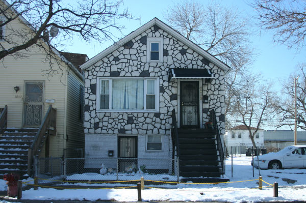 House with faux stone siding in Chicago, Illinois