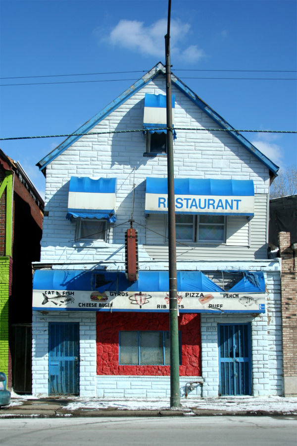 Blue and white painted restaurant in Chicago