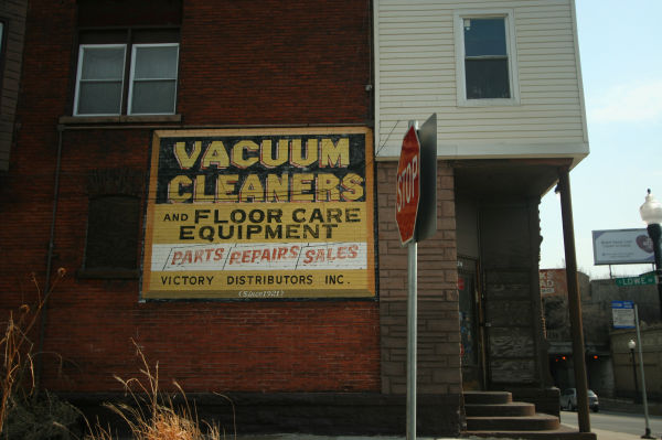 Vacuum cleaner sign in Chicago Illinois