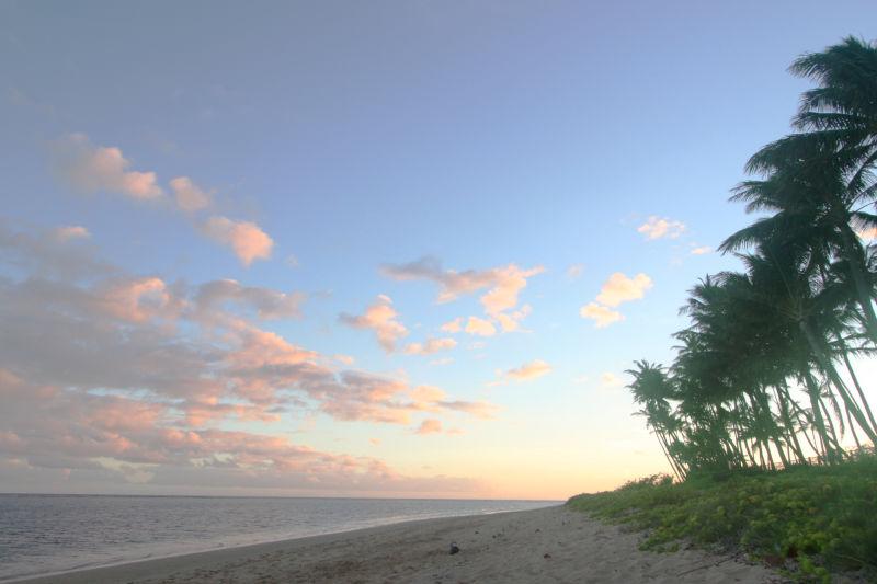 Sunset on Oahu beach