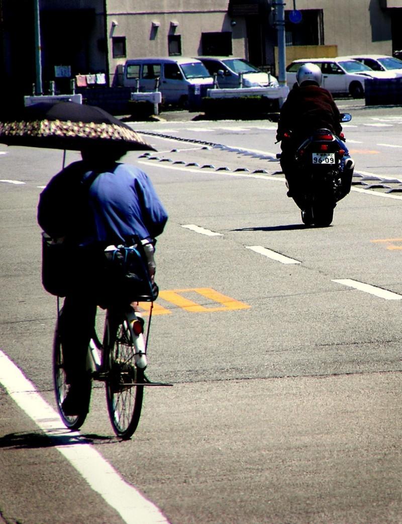 bike Amagasaki highway