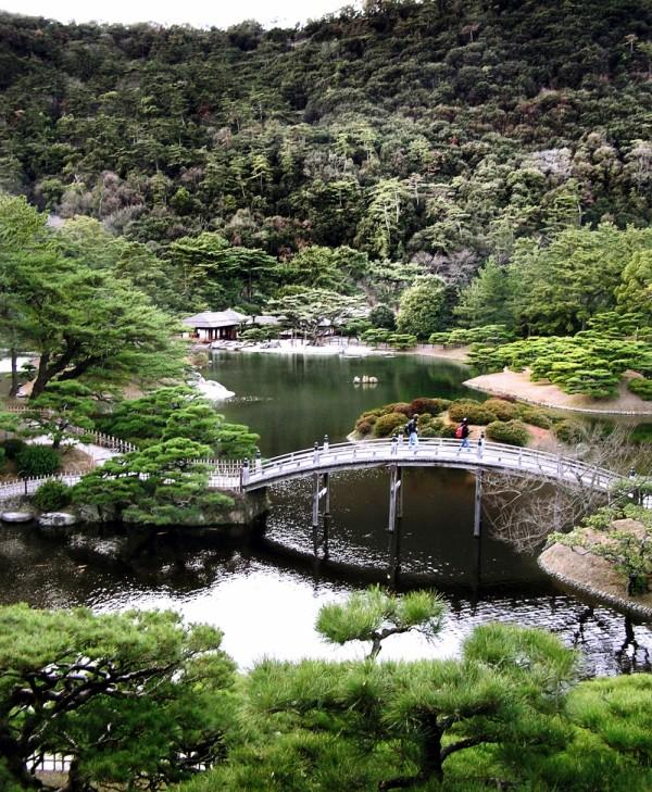 garden lake ritsurin-koen takamatsu shikoku japan