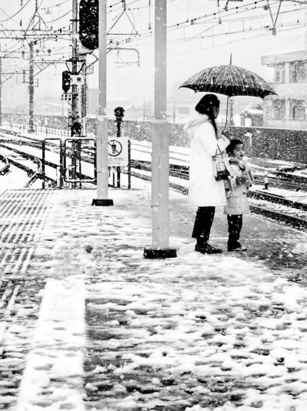 snow station sonoda hankyu amagasaki japan