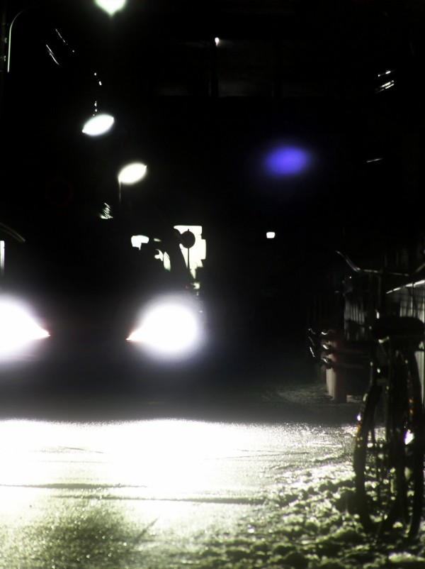 street light snow sonoda car amagasaki japan