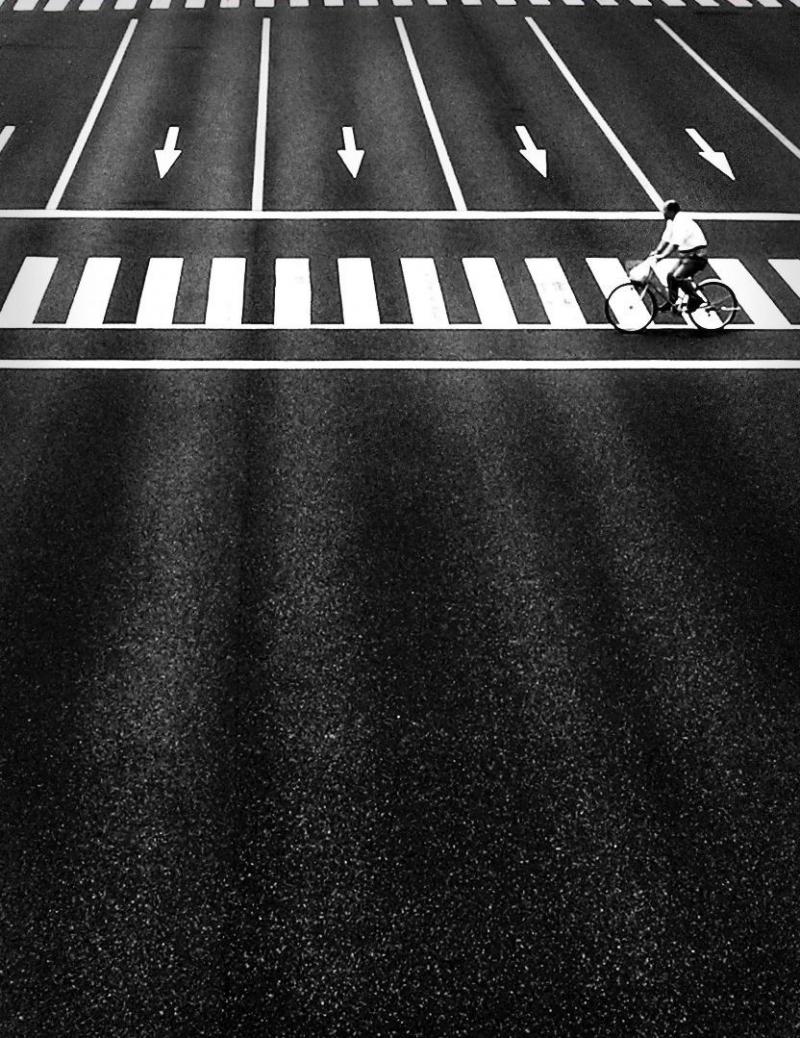 cyclist overpass Kobe pedestrian crossing