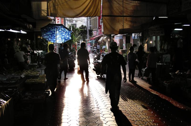 market Naha Okinawa silhouette Japan Heiwadori