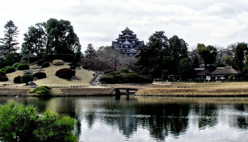Okayama Japan Korakuen garden castle lake