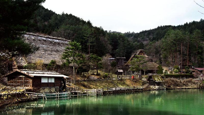 hida takayama japan gifu lake hida-folk-village