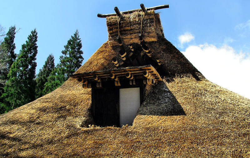 hida takayama gifu japan gasshō-zukuri thatch roof