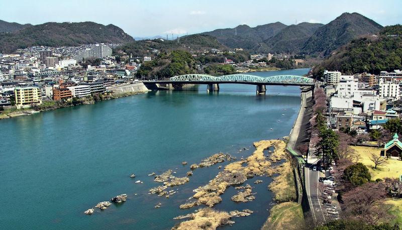 Inuyama Aichi Japan city Kiso river mountain