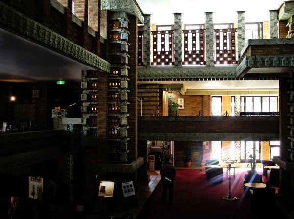 Frank Lloyd Wright's Imperial Hotel 14