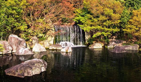 Kokoen garden Himeji Hyogo Japan pond tree rock
