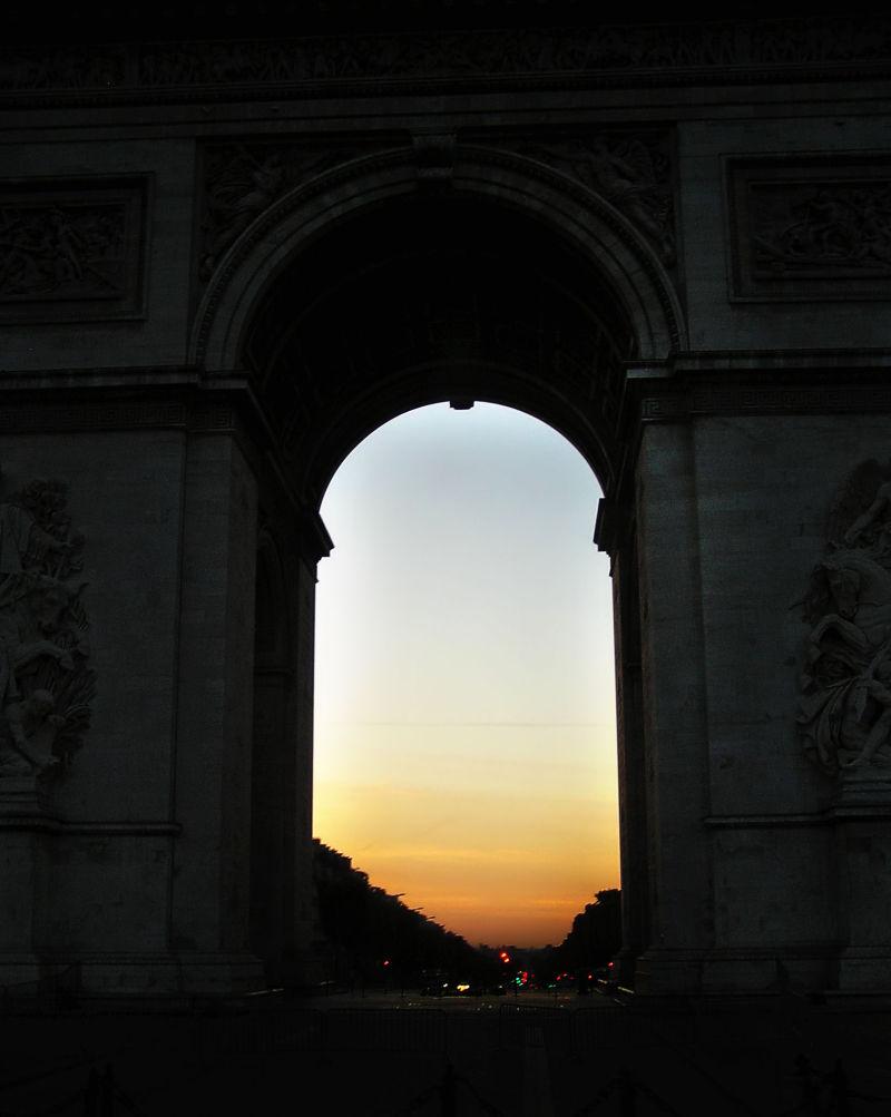 arc-de-triomphe paris france sunrise