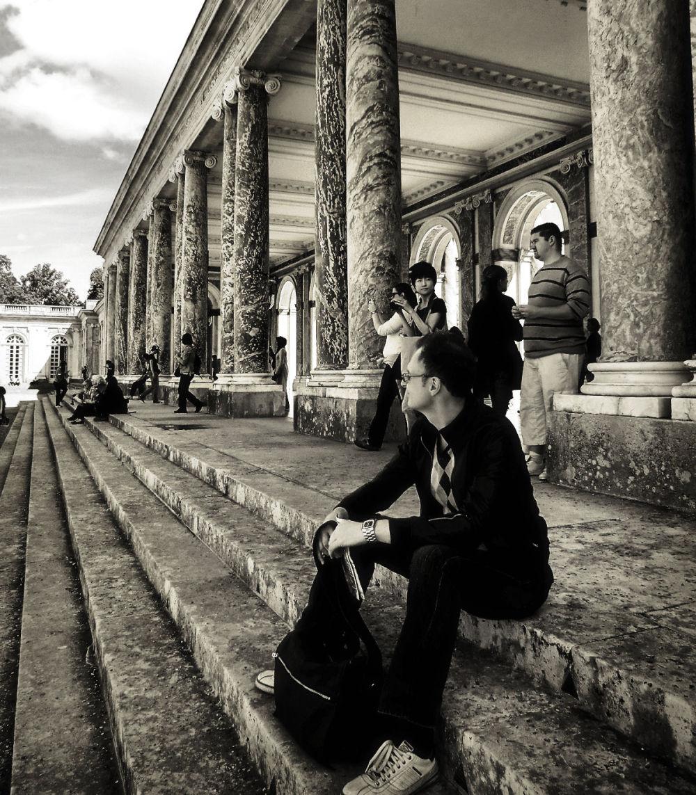 versailles france palace tourist petit-trianon