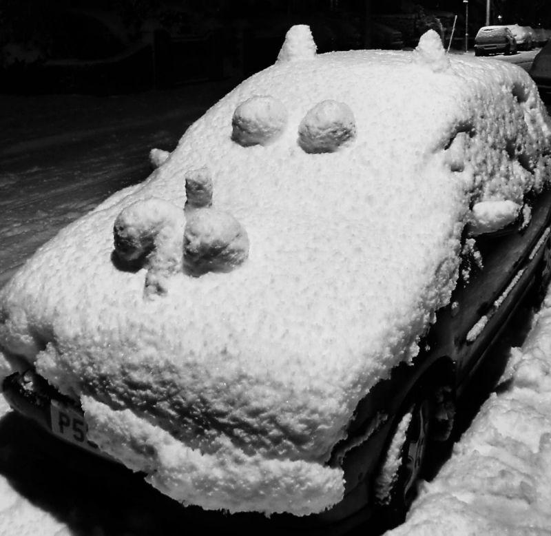 snow england new-malden car