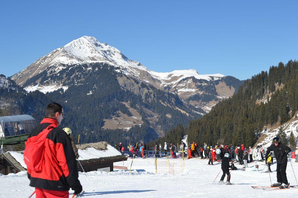 france Châtel mountain skiing snow Pré-la-Joux