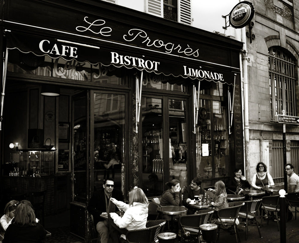paris france brasserie restaurant montmartre