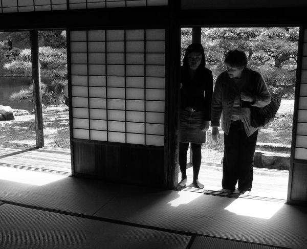 ritsurin-koen takamatsu japan garden tea-house