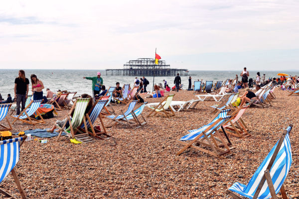 brighton england sea pier seaside tourist beach