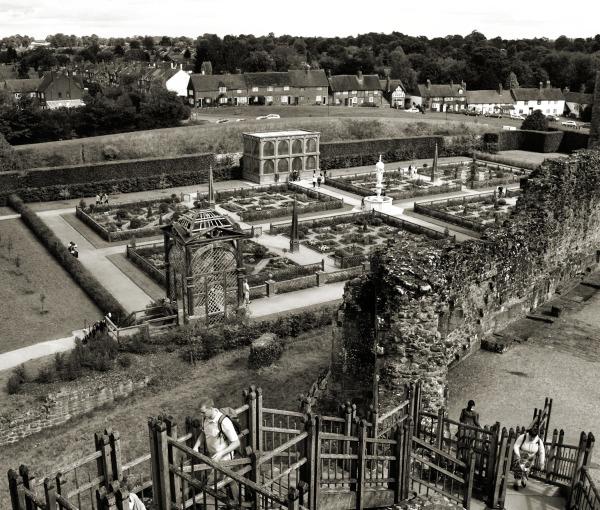Kenilworth Castle 9