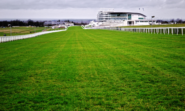 epsom epsom-downs england racecourse grandstand
