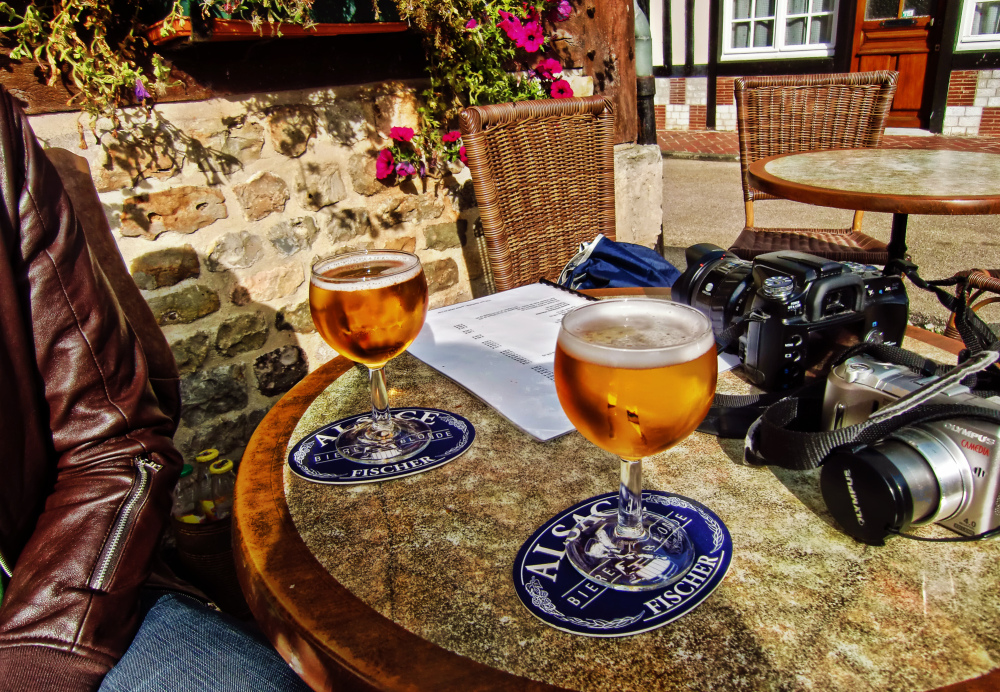 france normandy beer photographer camera bar