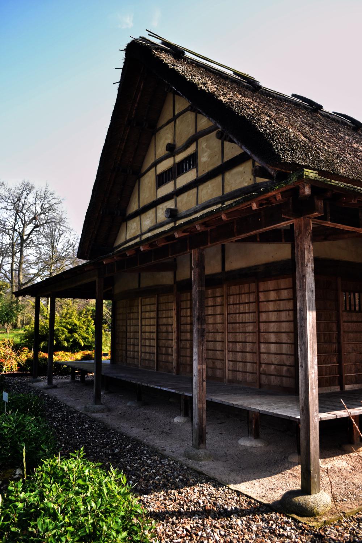 kew-gardens england minka thatch house japan