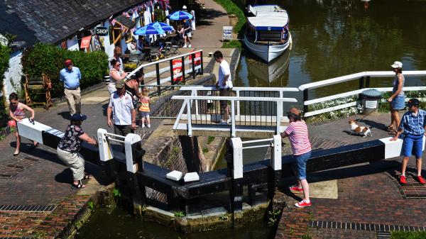 foxton-locks leicester england canal lock