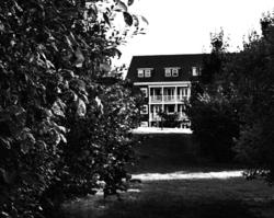 worcester-park england garden house hamptons