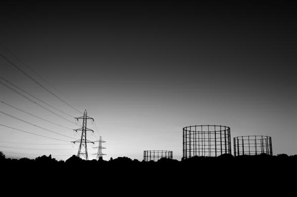 motspur-park england sunset pylon gasometer