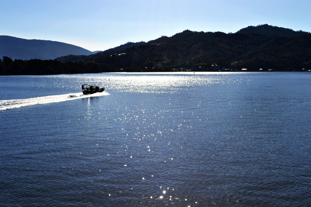 japan kyoto amanohashidate sea boat