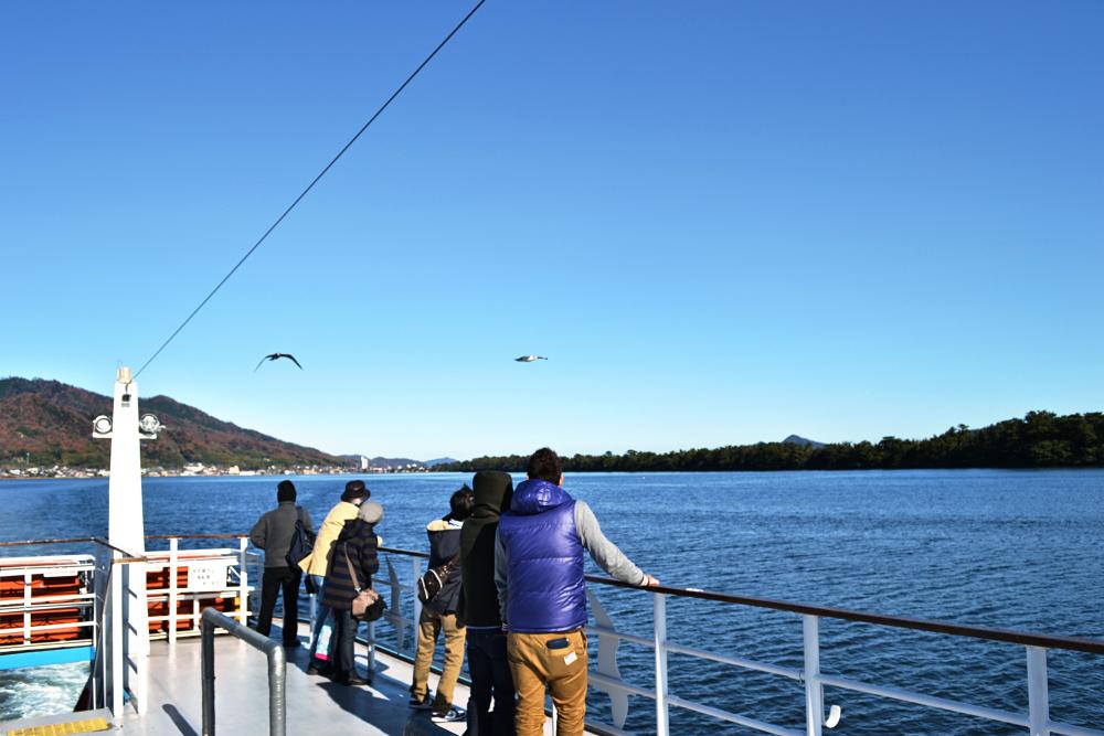 japan kyoto amanohashidate sea boat tourist