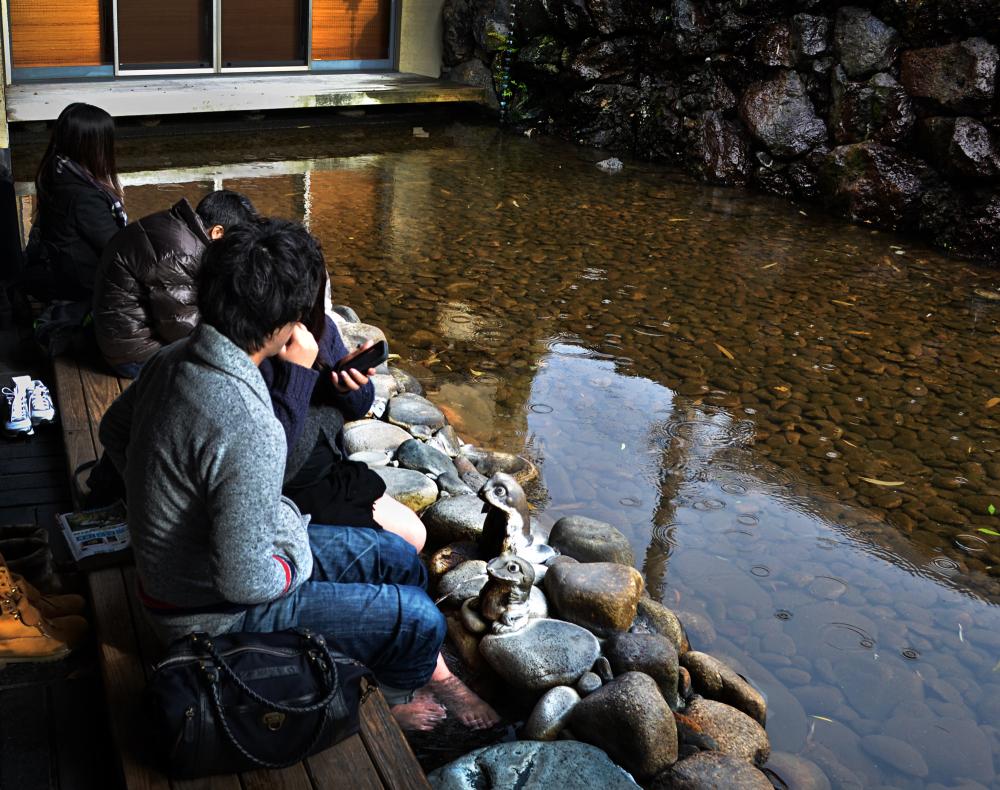 japan hyogo kinosaki onsen ashiyu tourist