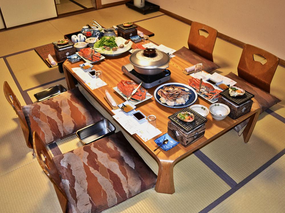 japan hyogo kinosaki onsen ryokan dinner crab