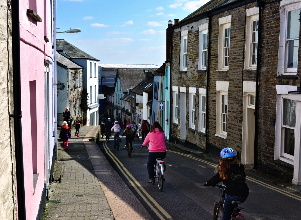 padstow cornwall england bicycle street tourist