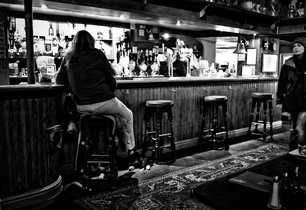 padstow cornwall england pub bar